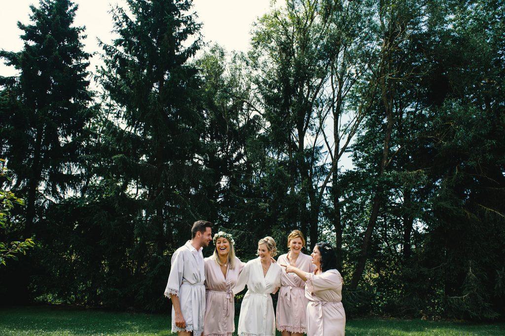 Braut Getting Ready-